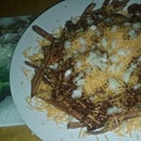 Diner-Style Chili Cheese Fries (Johnny Rockets Copy Cat)