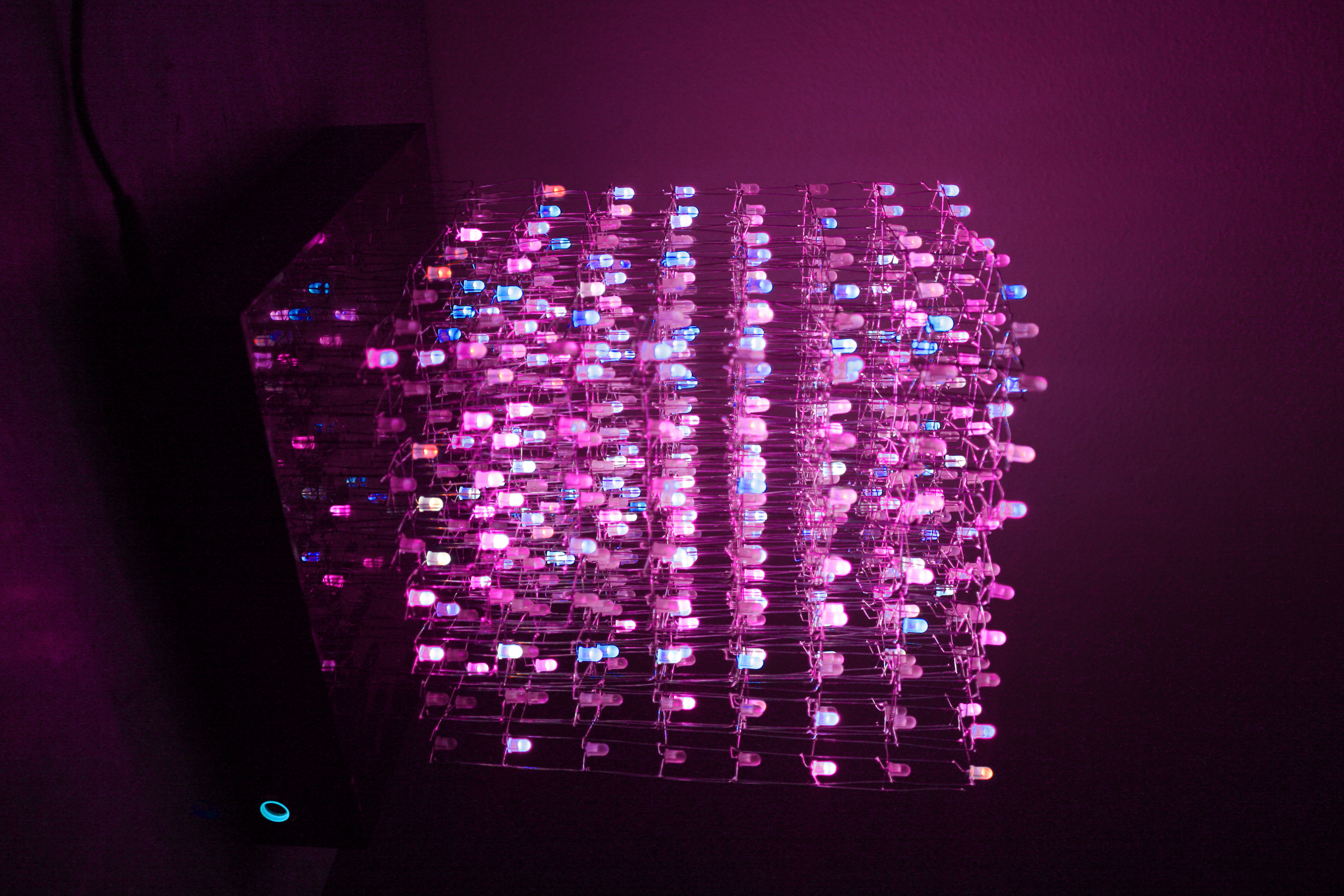 Picture of RGB 8x8x8 LED Cube