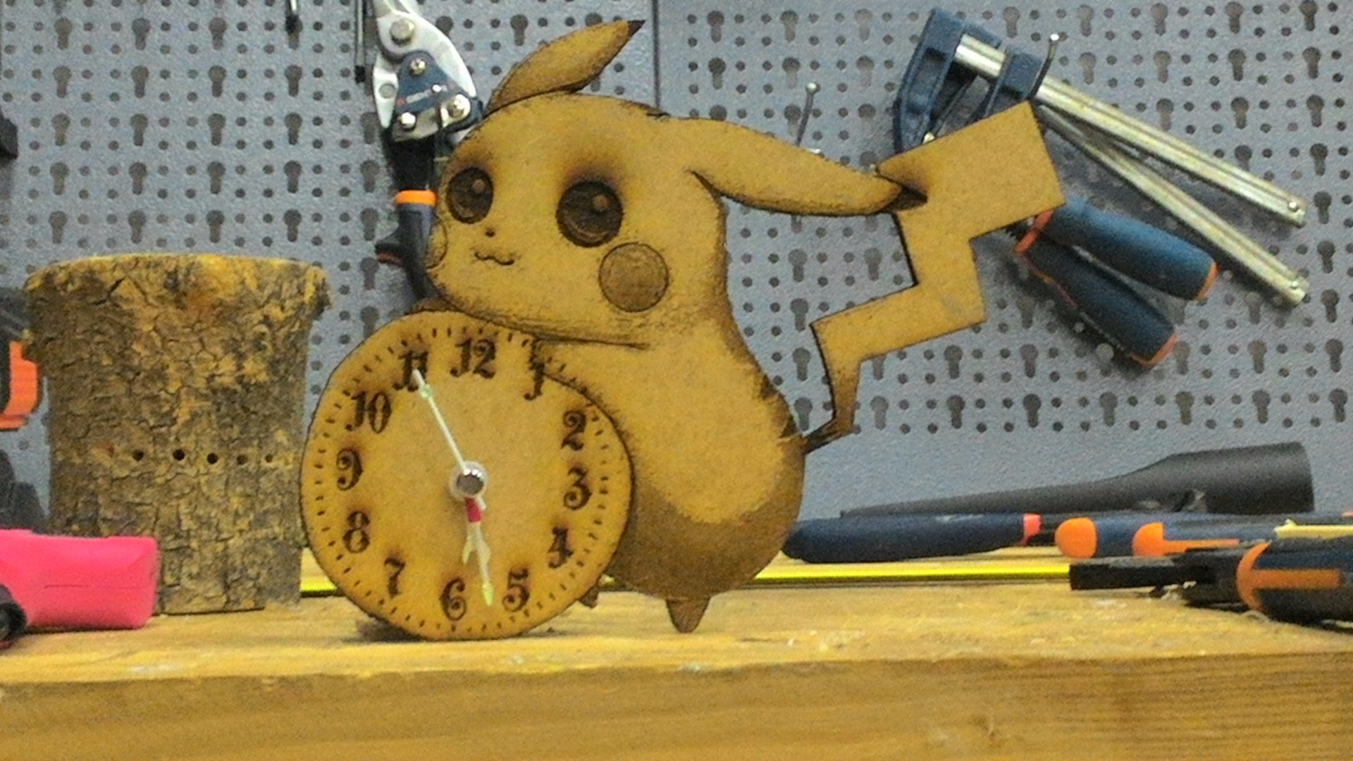 Picture of Pikachu Clock