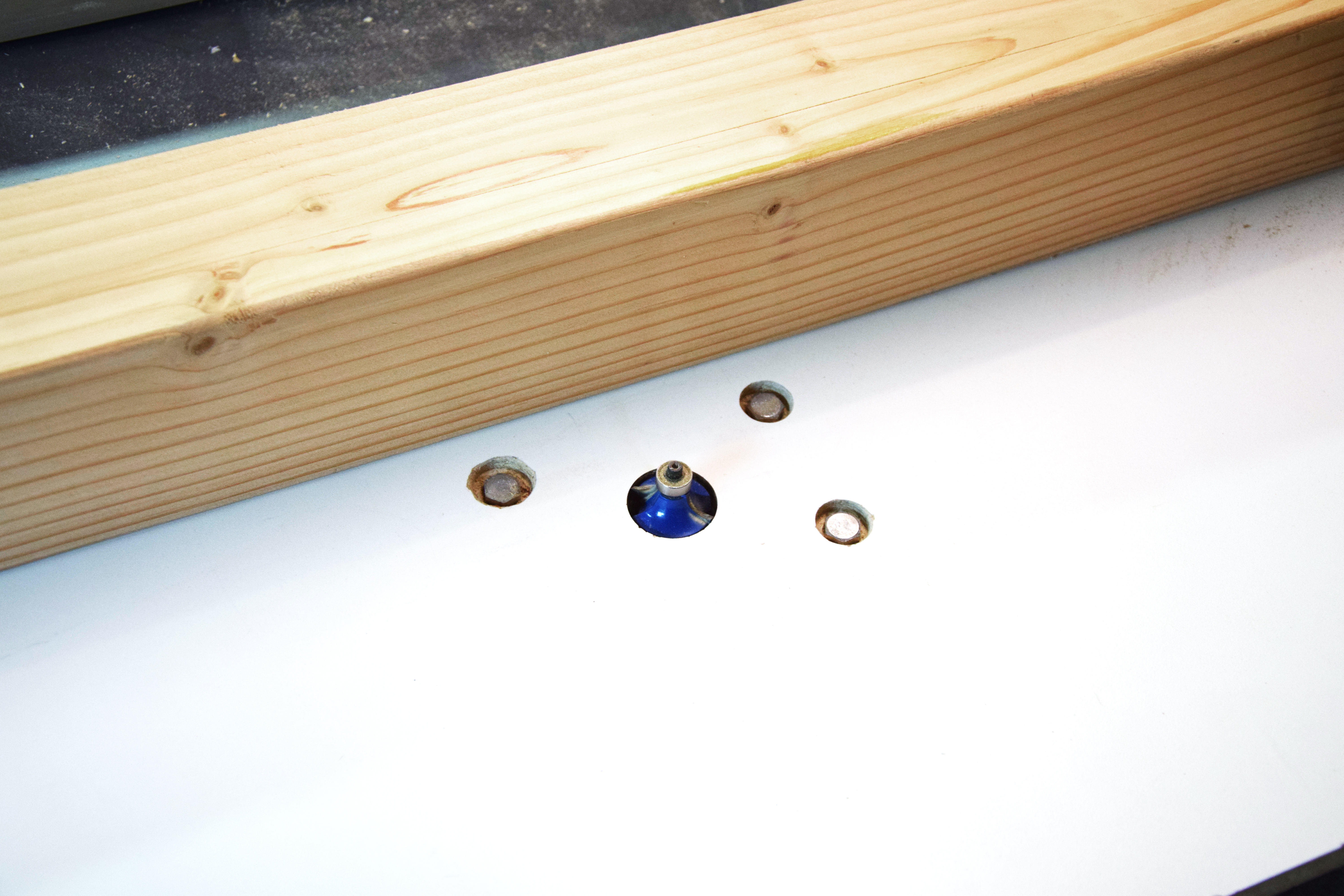 Picture of Flatten and Router Legs