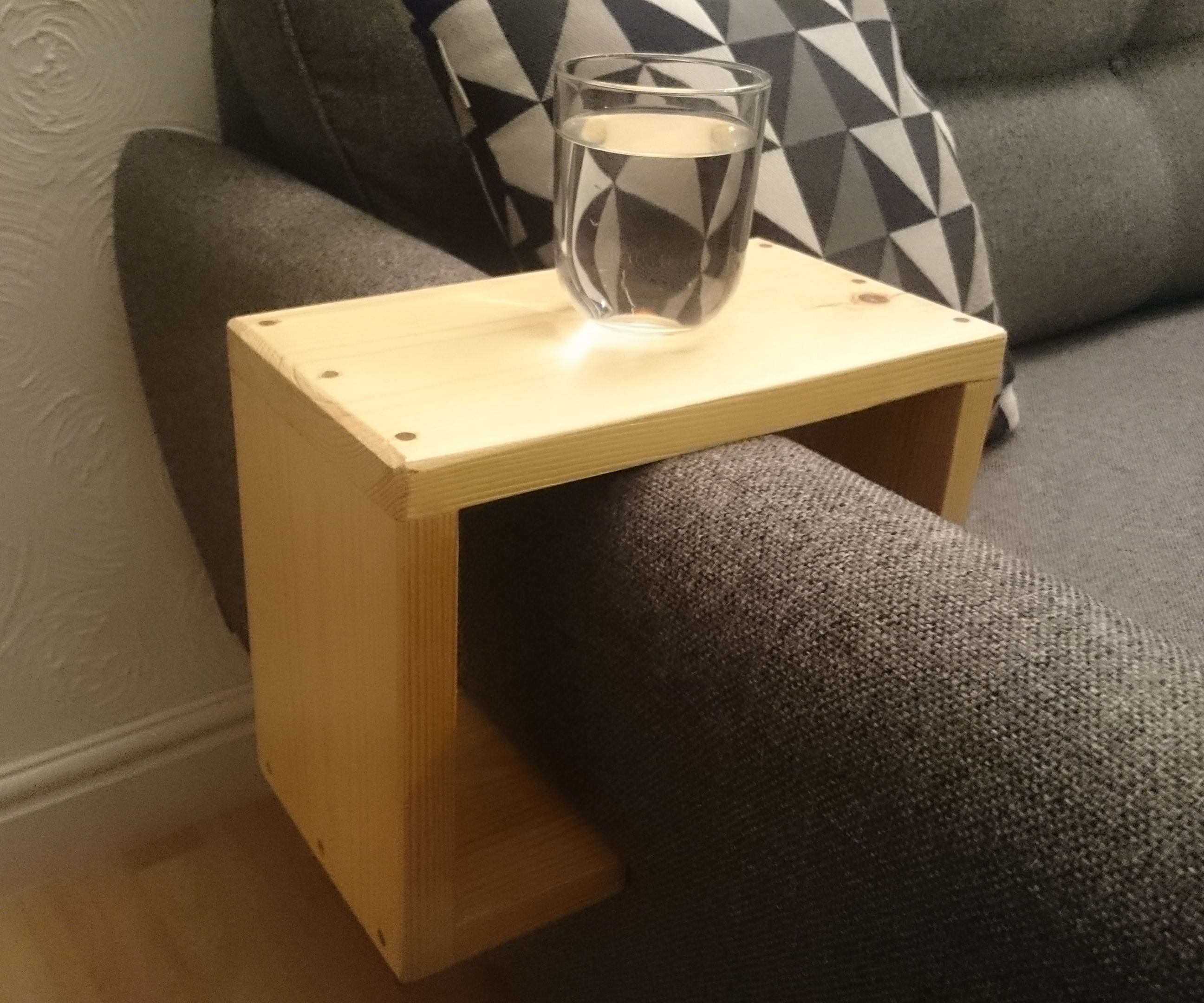 Phenomenal Sofa Arm Table 7 Steps With Pictures Caraccident5 Cool Chair Designs And Ideas Caraccident5Info