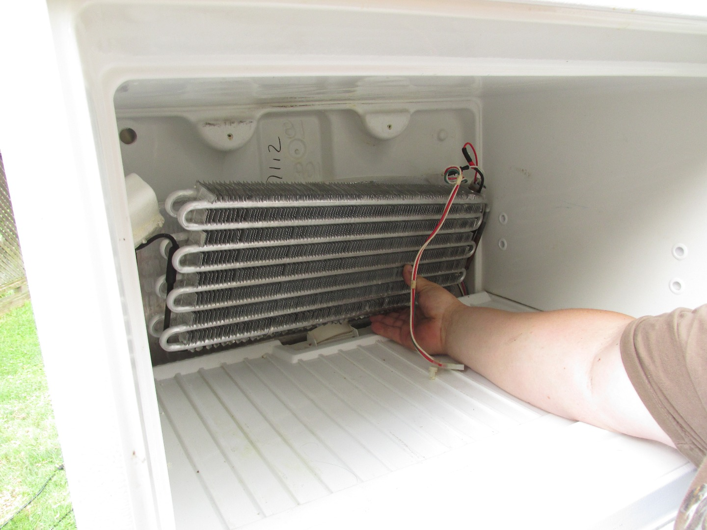 Picture of Taking Apart the Refrigerator