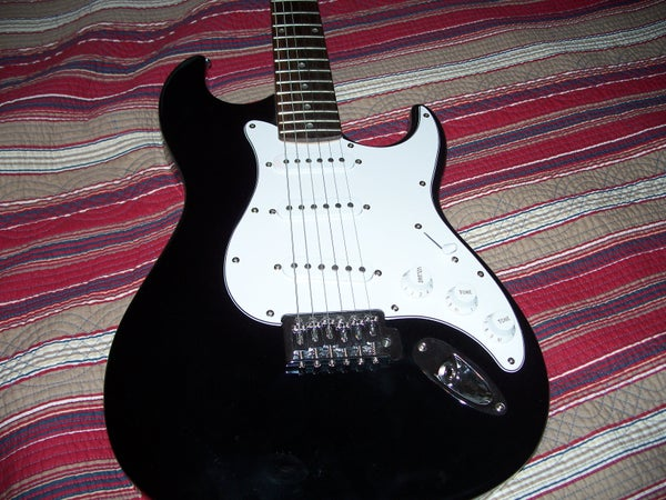 How to Change Strings on Electric Guitars With Wammies!