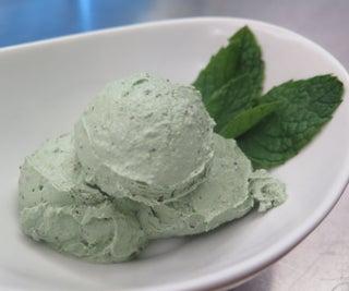 Healthful Mint Chip Ice Cream (vegan)