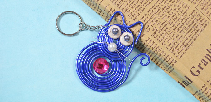 Picture of How to Make Cute Keychains With Blue Wire Wrapped Cat Pendant