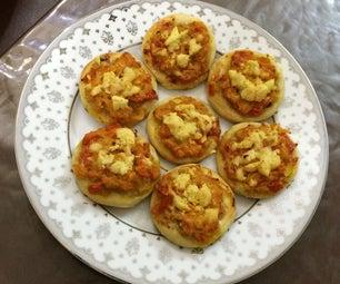 Easy Chicken Nuggets Mini Pizza