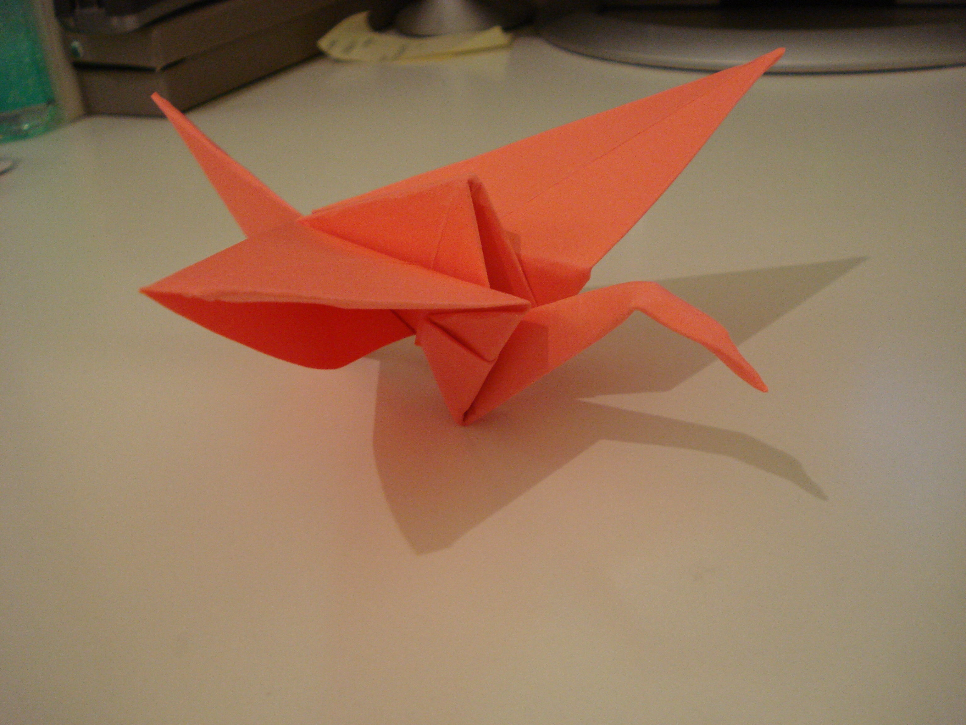 How to Make An Origami Crane for Your Wedding | Martha Stewart ... | 2304x3072