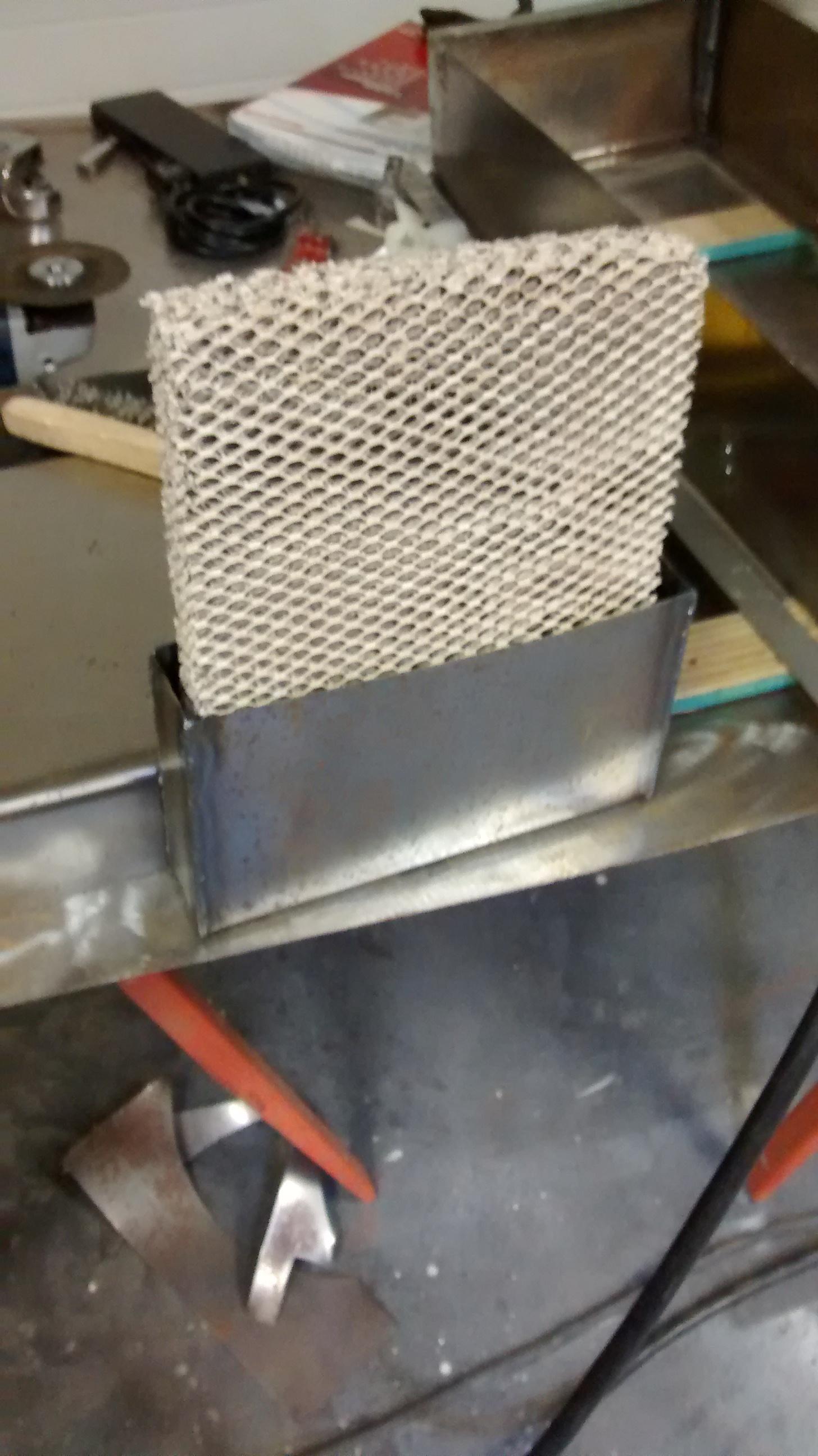 Picture of Install the Evaporation Medium