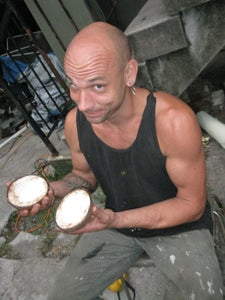 Saw the Coconut in Half