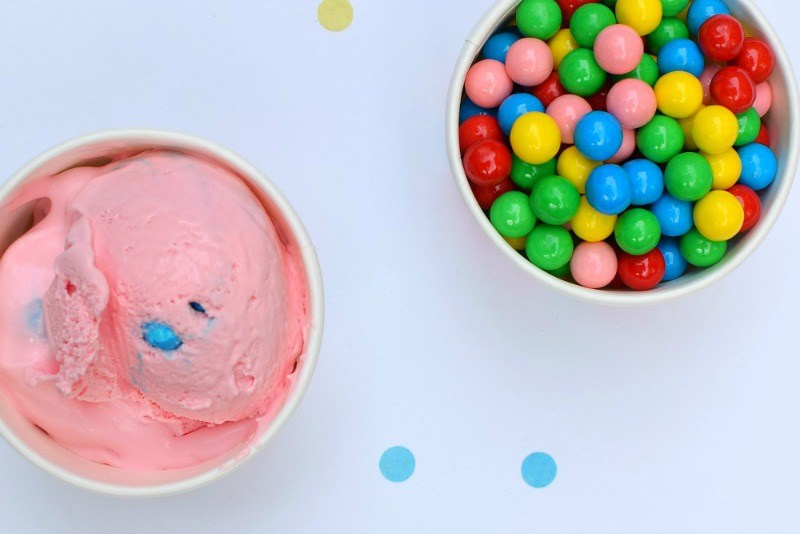 Picture of How to Make Bubble Gum Ice Cream