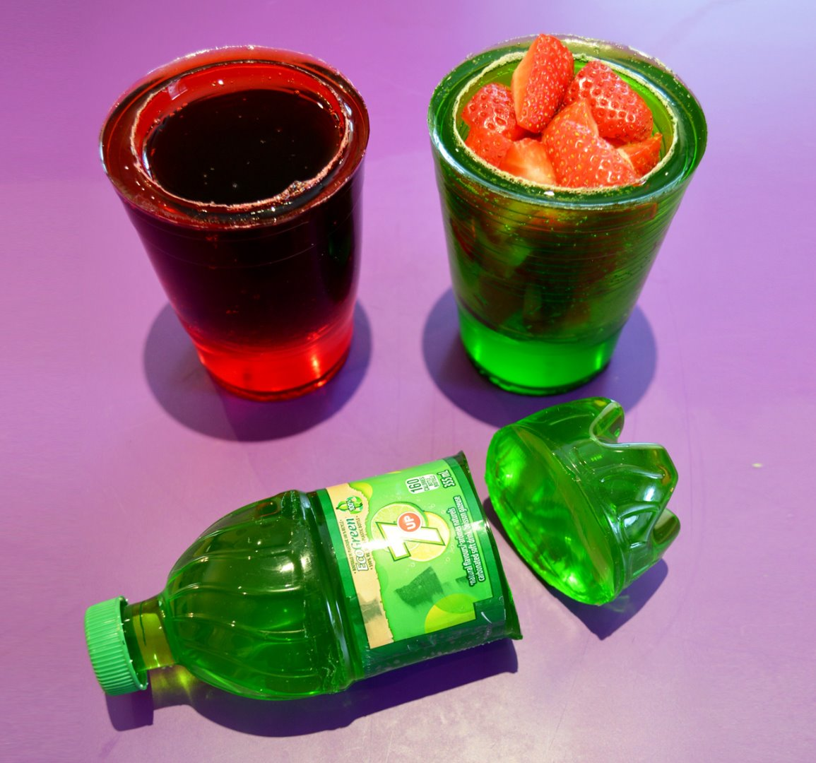 Picture of How to Make 7up Soda Gummy Bottle Shape and Cups - Easy DIY Jello Dessert!