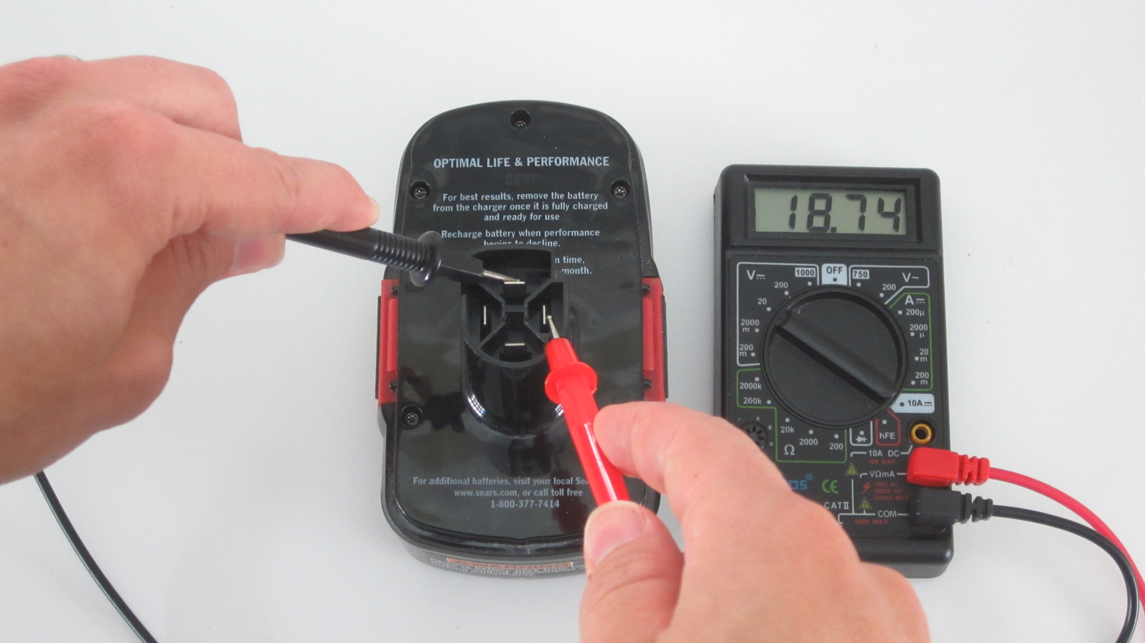 Picture of Identify the Terminals of the Battery