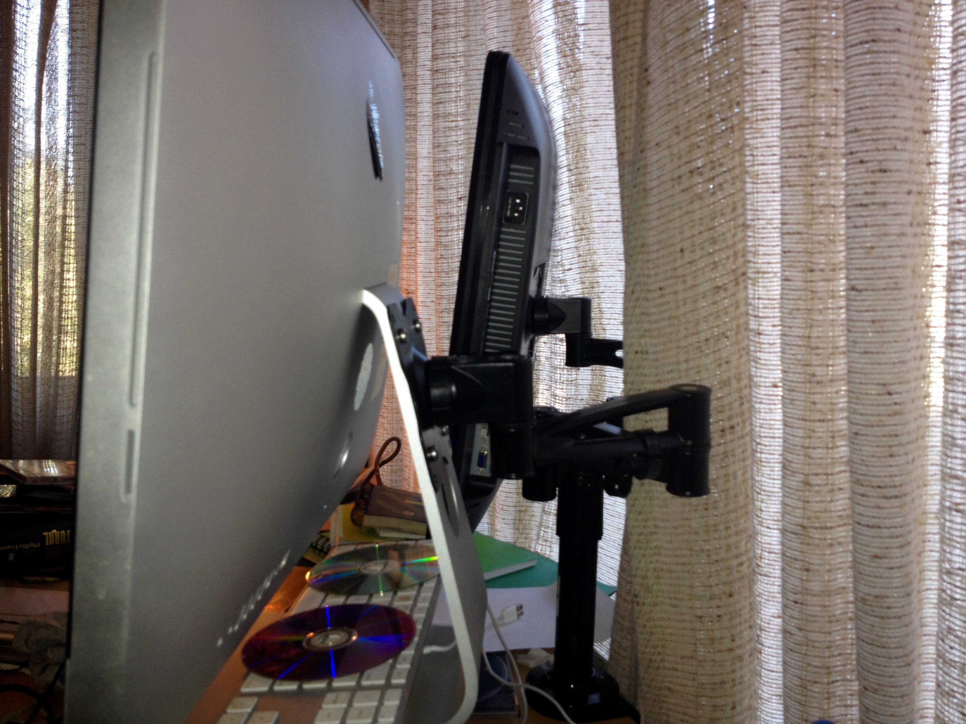 Picture of IMac Mount