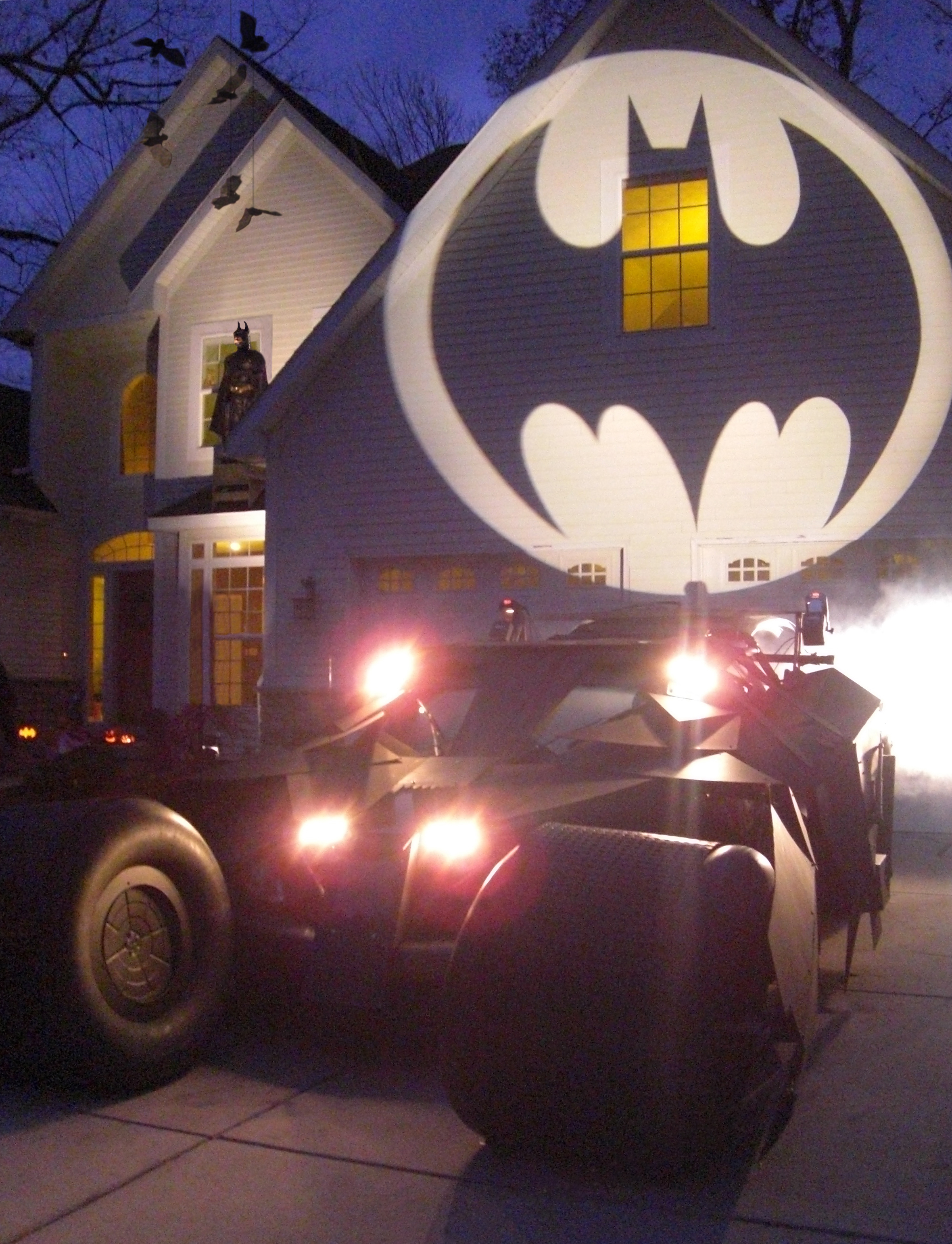 Picture of Make a Life-sized Batmobile Tumbler and Batman Themed Halloween Display