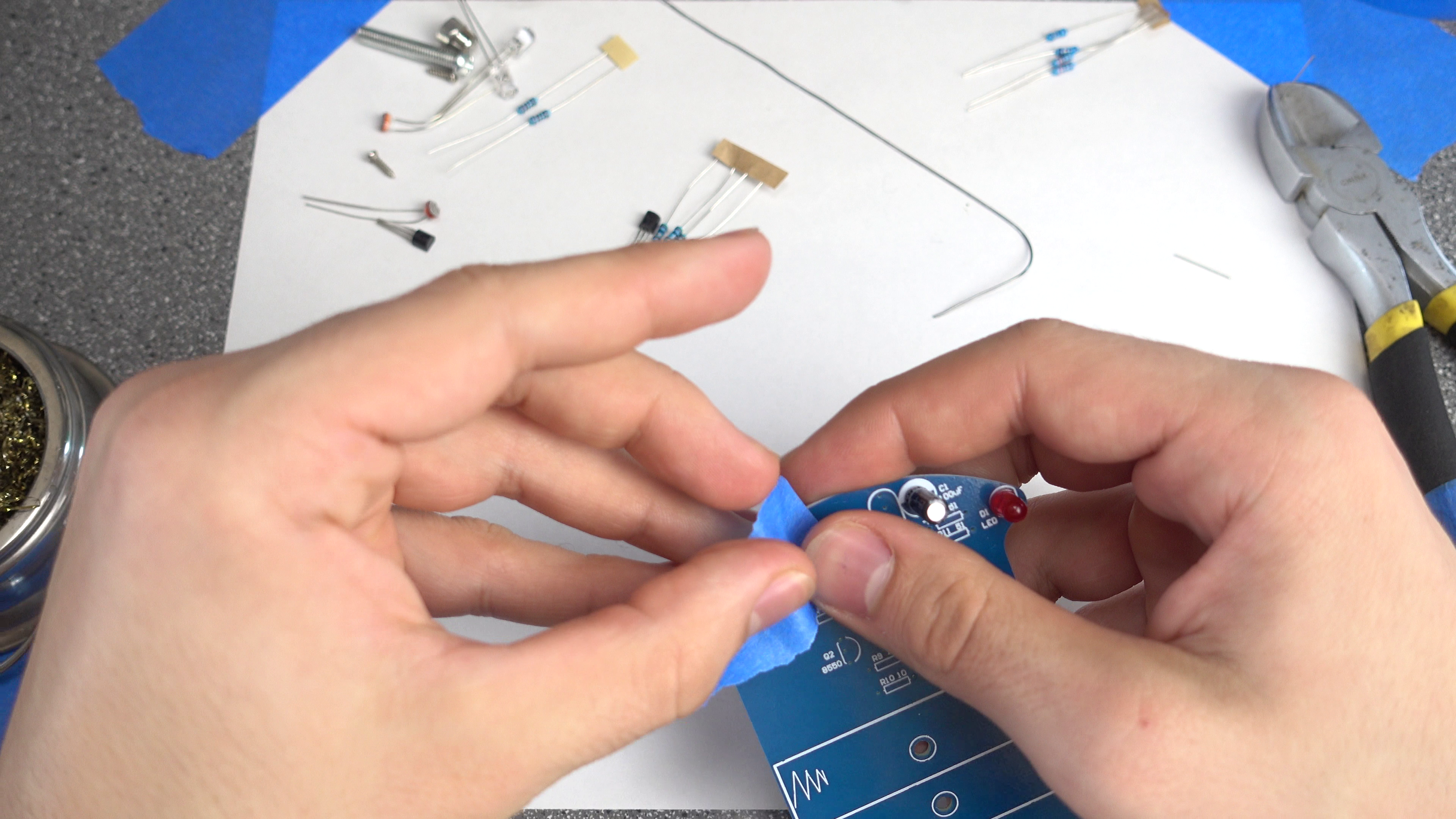 Picture of Soldering: Capacitors