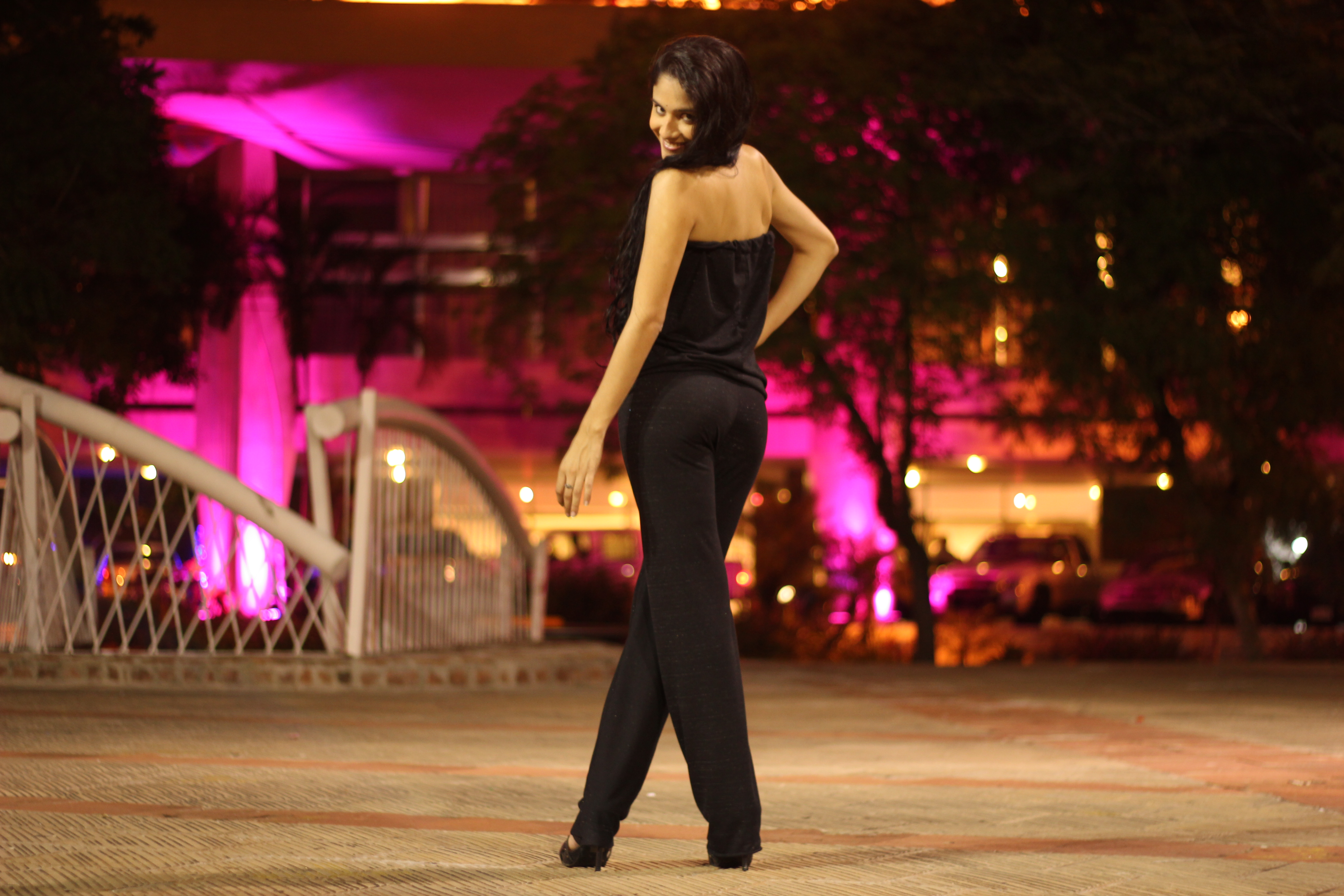 Picture of How to Make a Strapless Jumpsuit