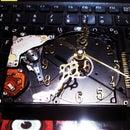 Reutiliza un disco duro y conviértelo en reloj analógico.