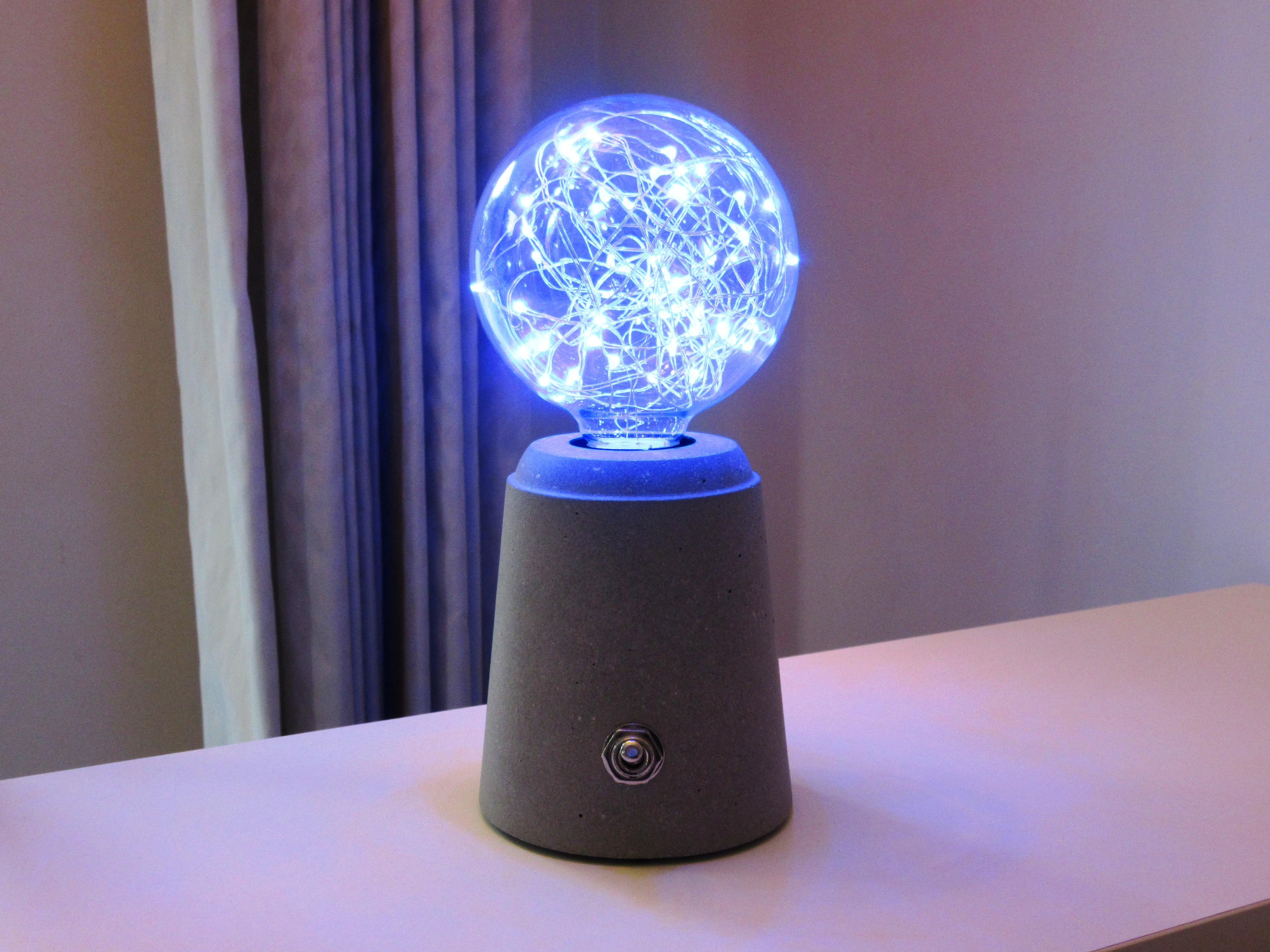 Picture of Concrete Lamp (7)