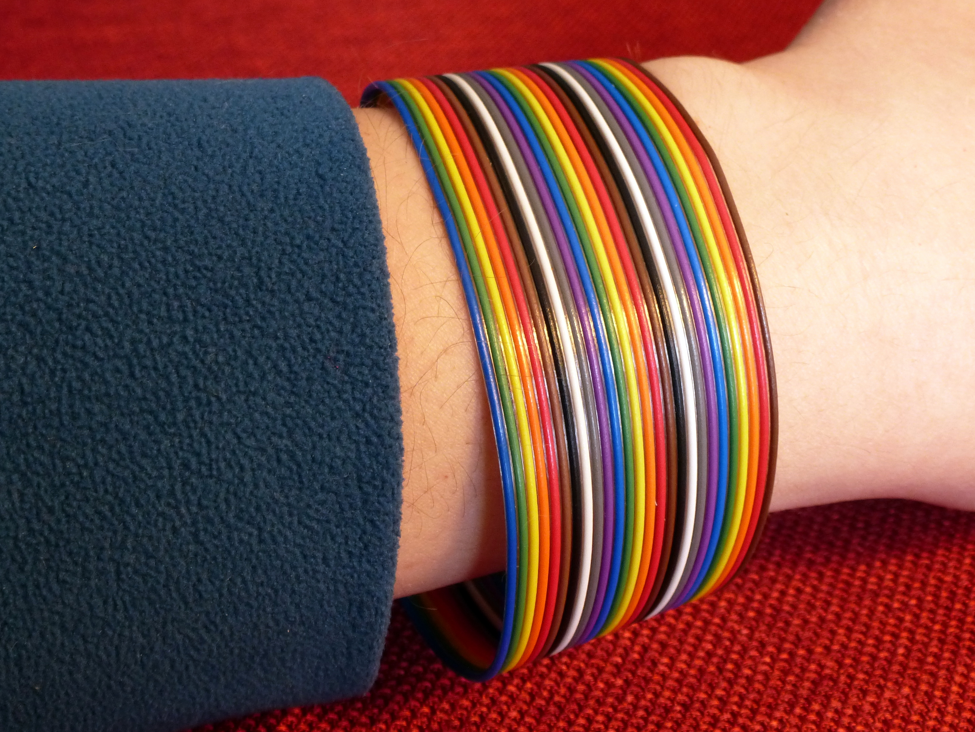 Picture of Ribbon Wire Bracelet