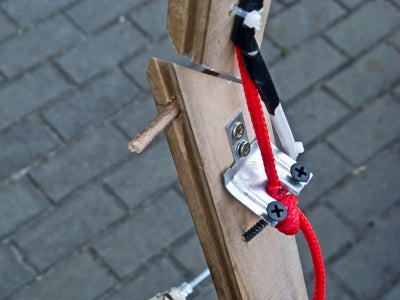 Connecting the Tripod to Reflector and Wiring
