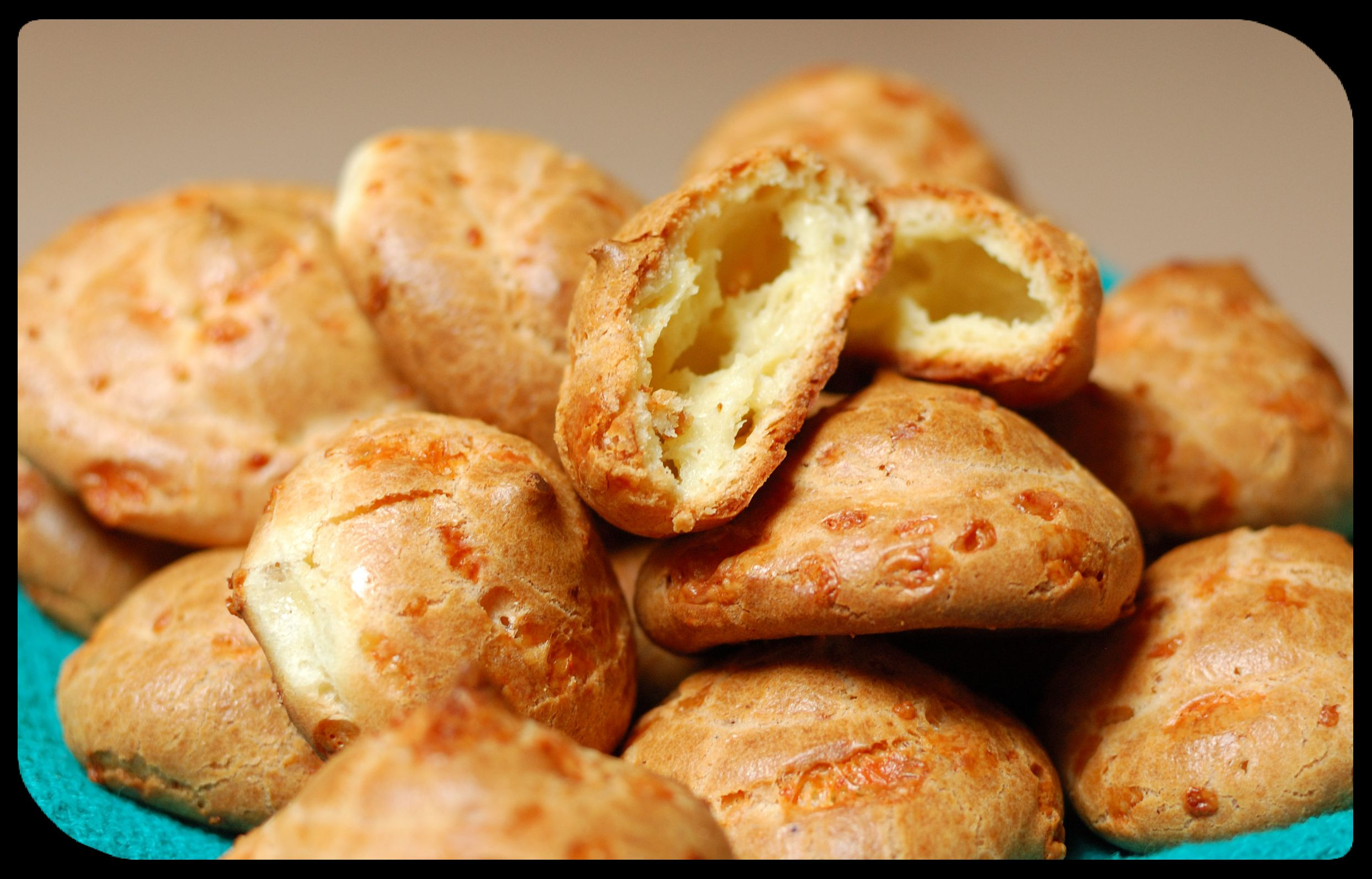 Picture of Cheese Puffs - Gougeres