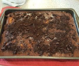 Oreo Poke Cake With Chocolate Pudding