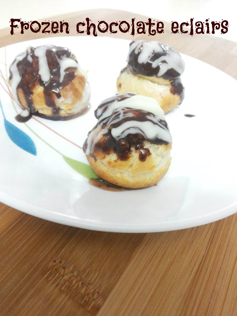 Picture of Frozen Chocolate Eclair Pops