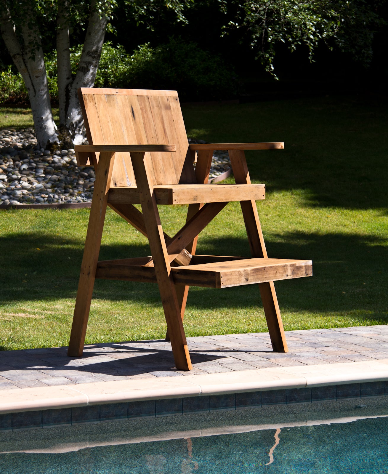 Lifeguard Chair From Recycled Lumber : 4 Steps (with Pictures