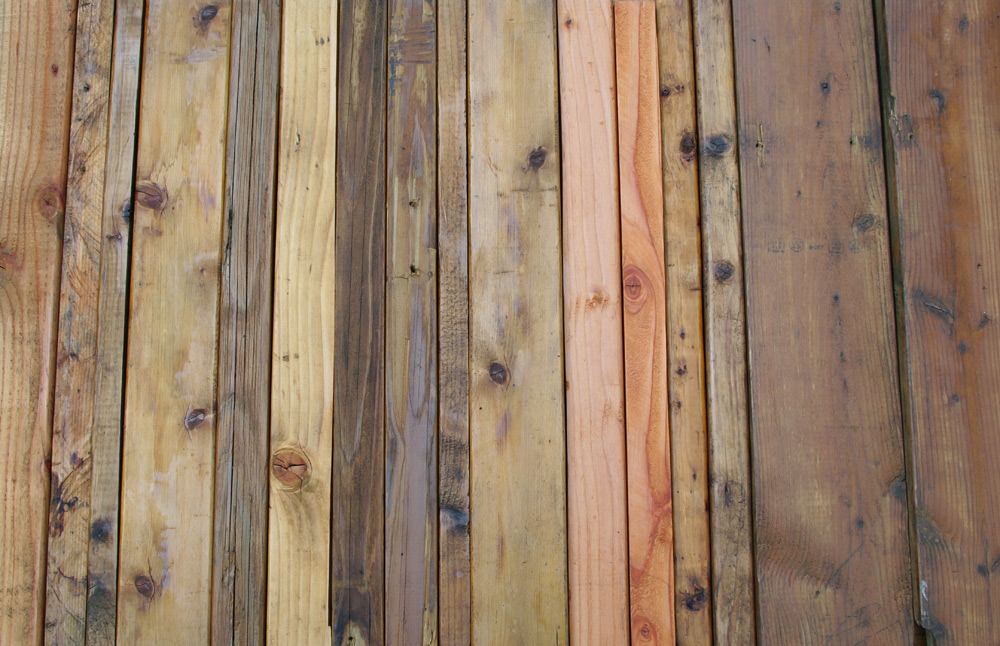 Picture of Stain the Wood