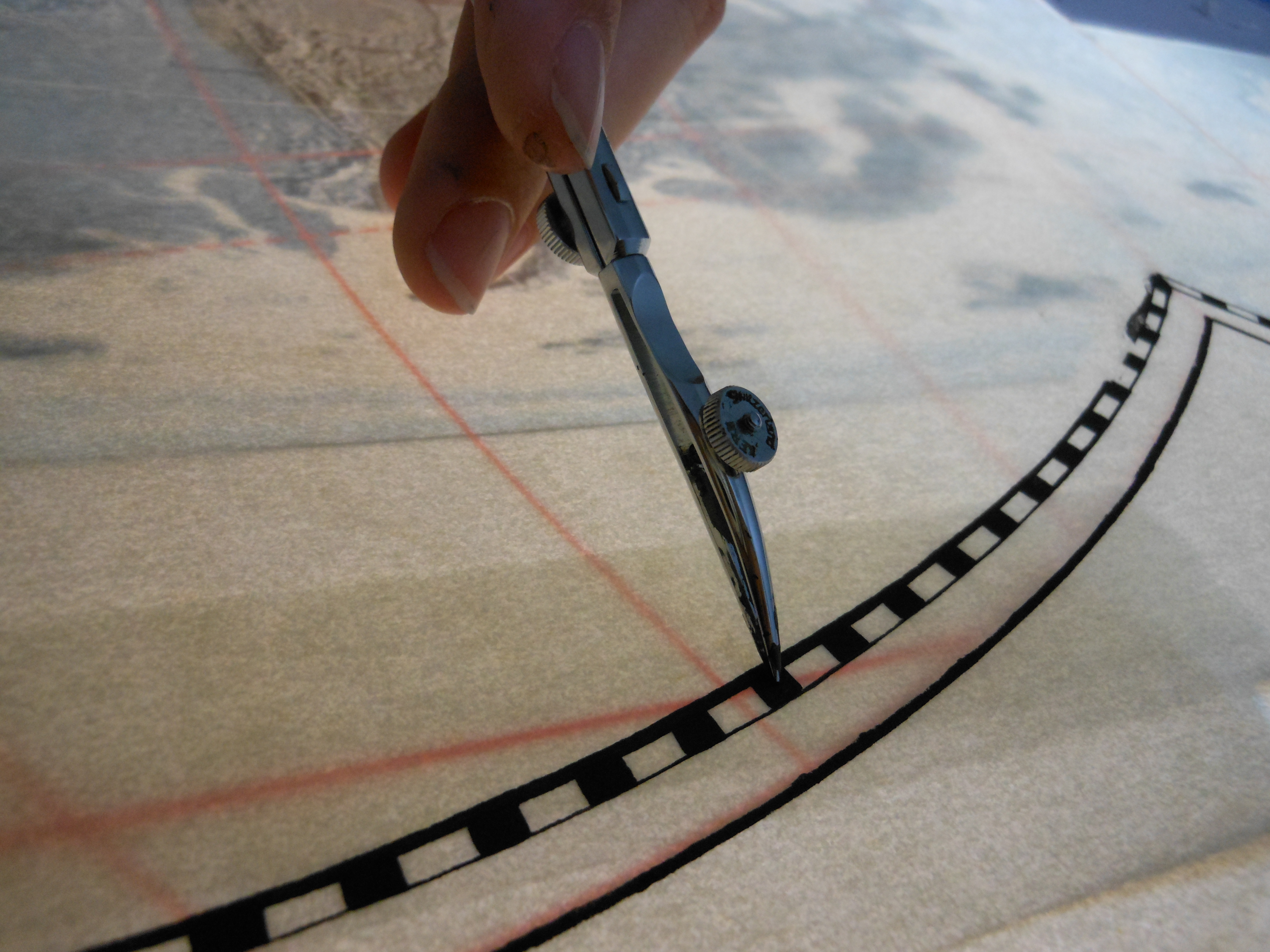 Picture of Tracing the Outer Rims and Degree Markings