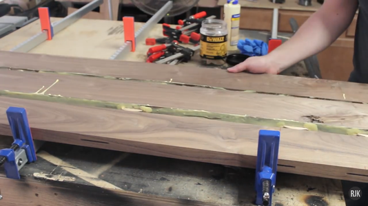 Gluing Up the Table Top (1/4)