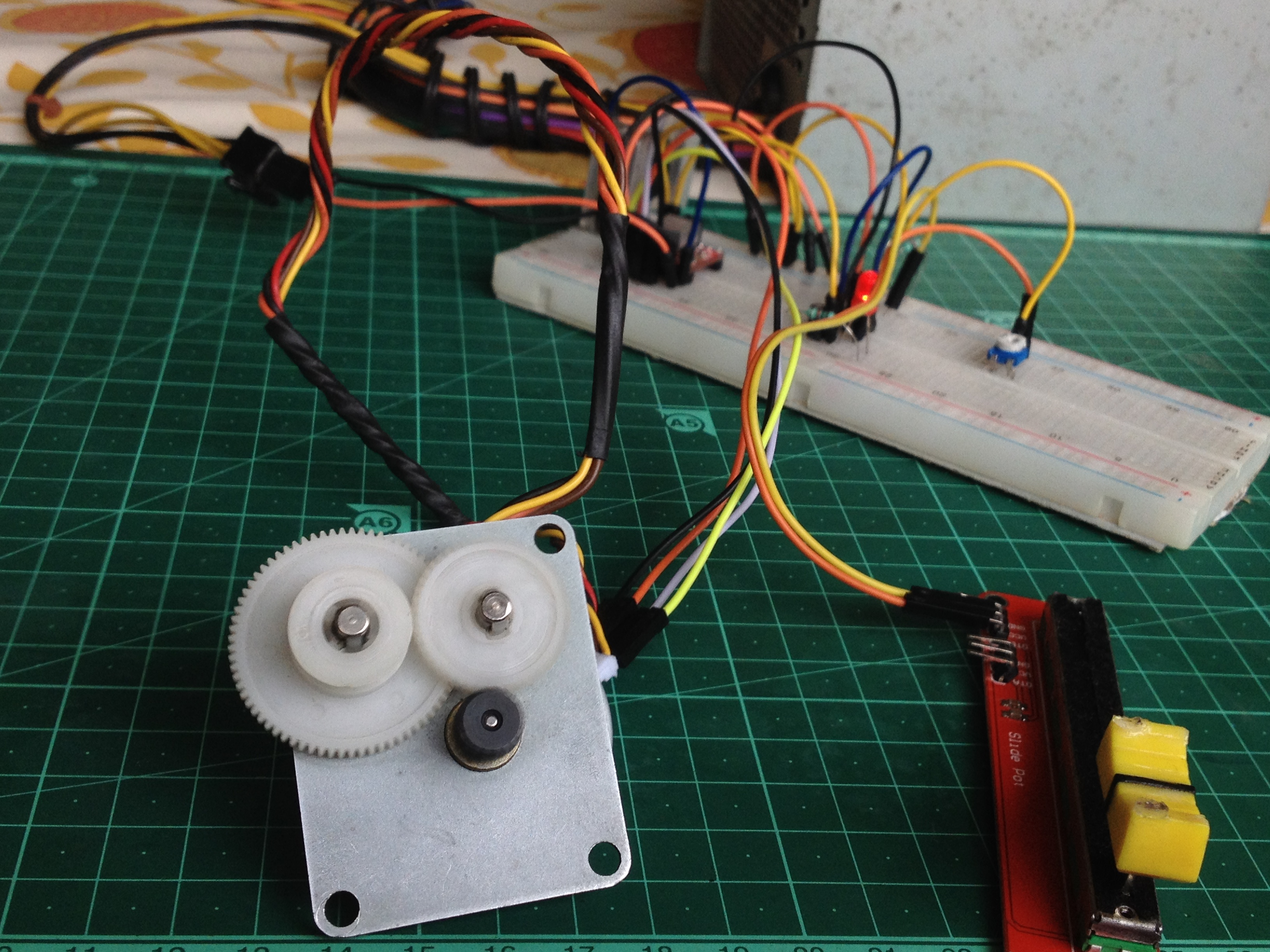 Picture of Stepper Motor Speed Control Without Microcontroller