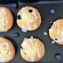 BLUEBERRY MUFFIN WITH LEMON GLAZE | MUFFIN TIN
