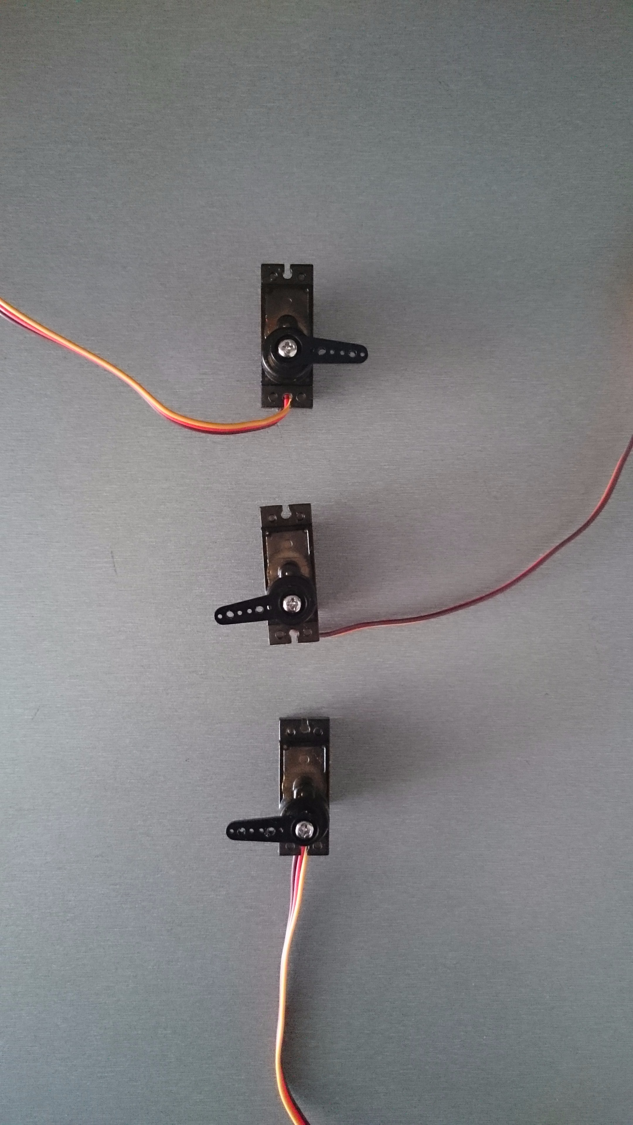 Picture of Center All Servos