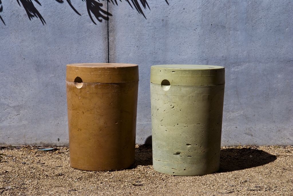 Picture of DIY CONCRETE:: 5 Gallon Stool