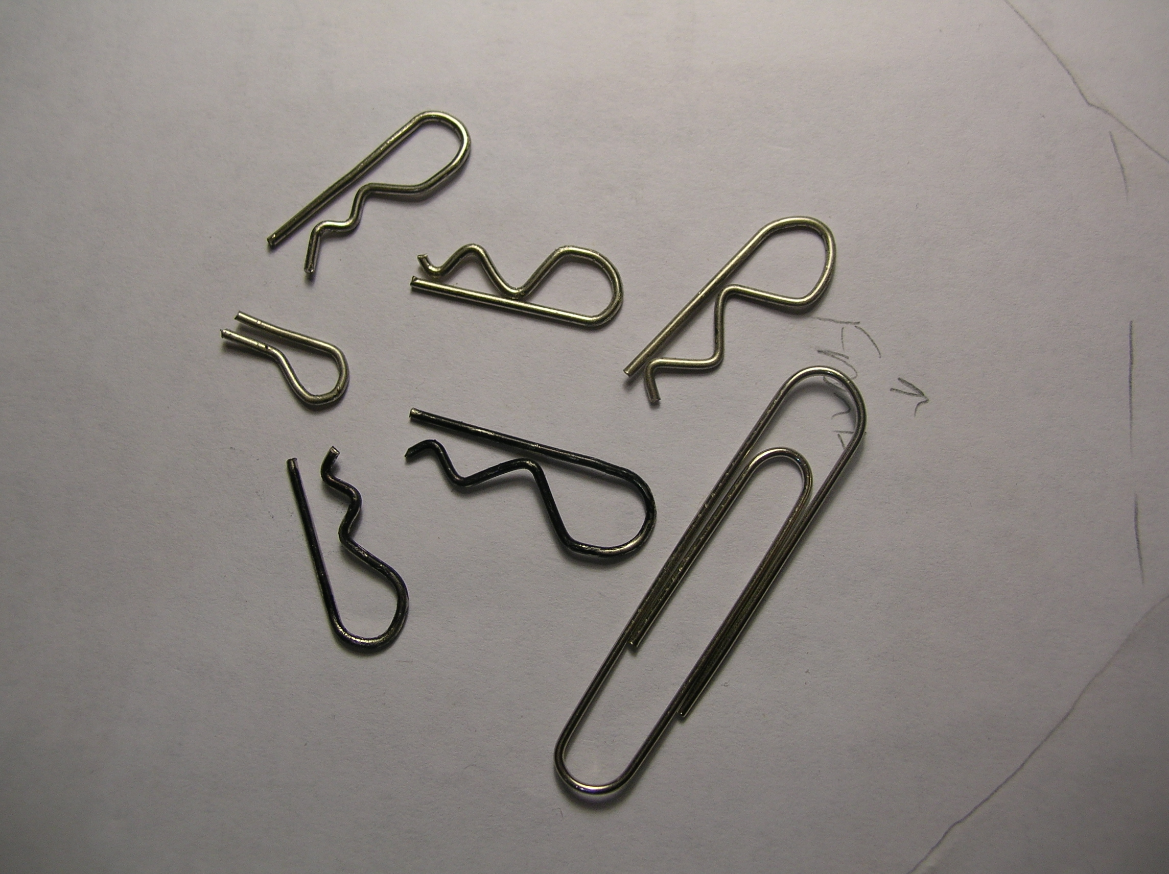 Picture of Paperclip RC Car Body Clips