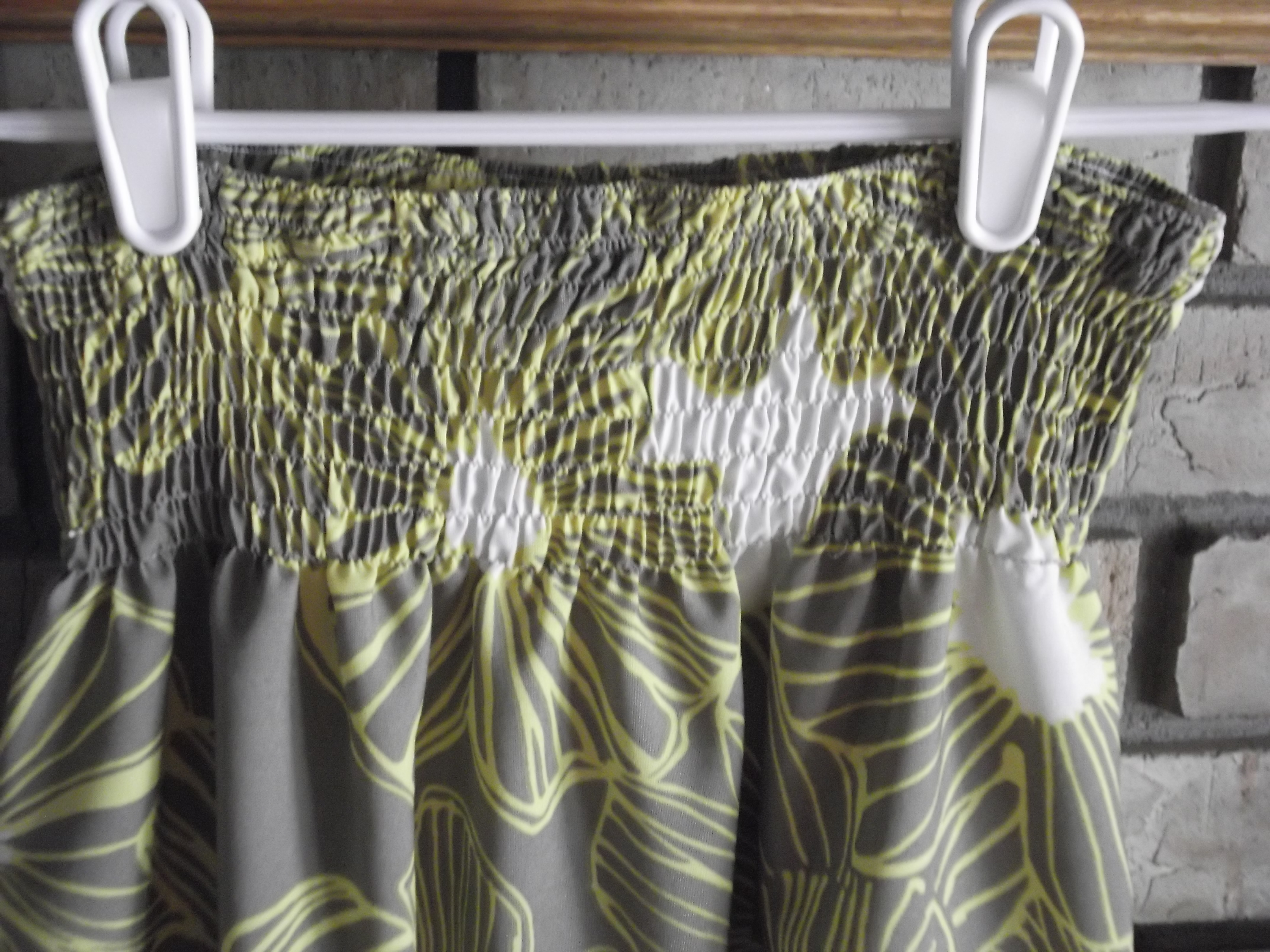 Picture of Shirring the Maxi Skirt Waistband