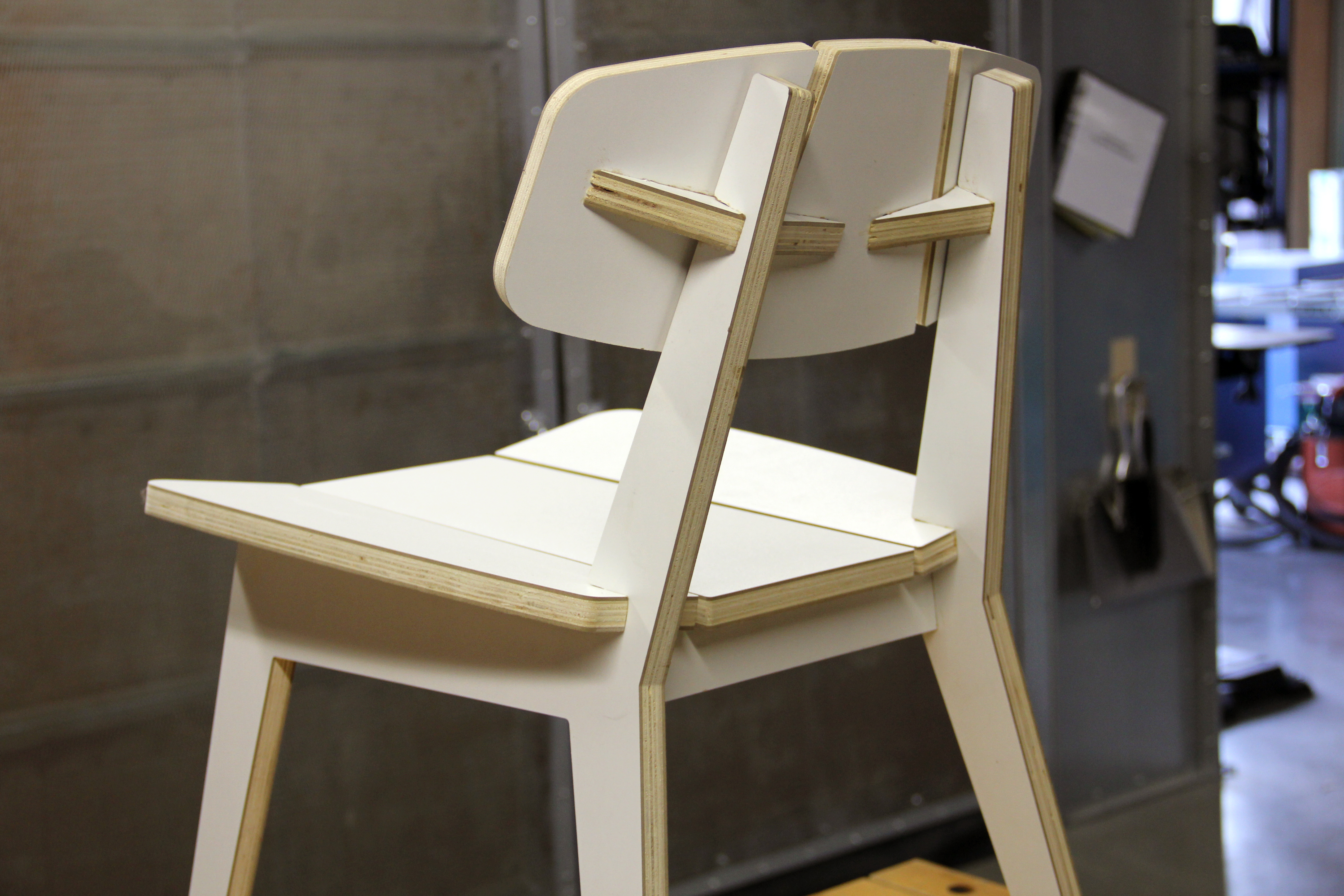 Picture of Glue Middle Backrest and Remove Clamps