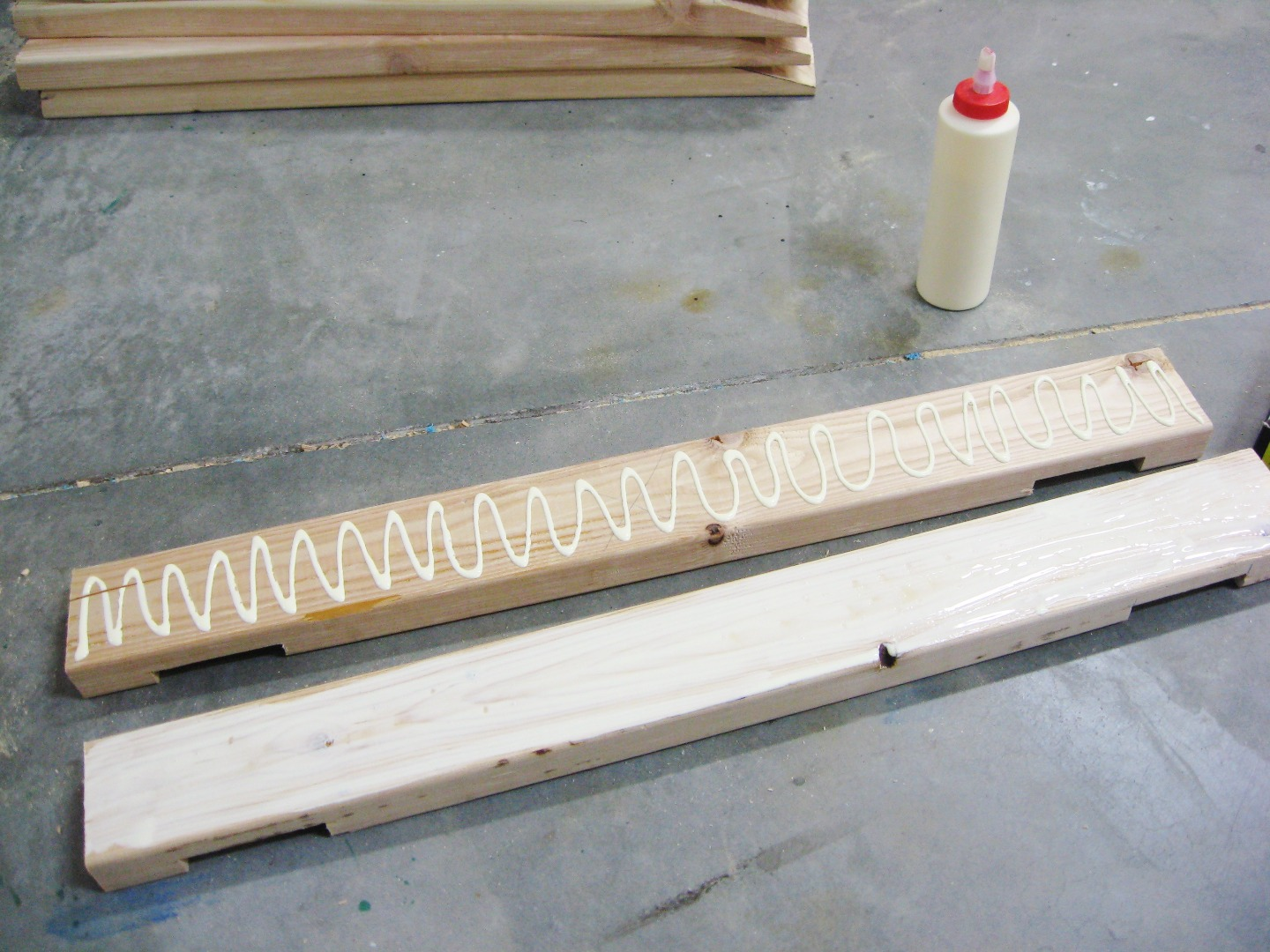 Picture of Fasten Top Beam Pieces Together