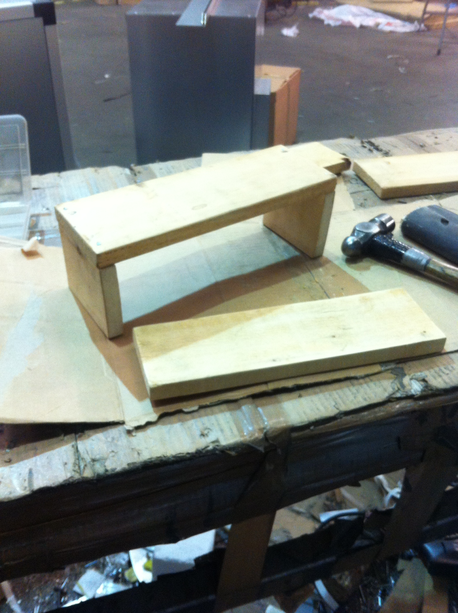 Picture of Making the Wooden Tray to Hold Pens and Brushes Etc and Fixing It to the Frame