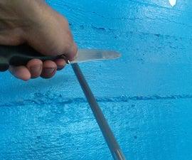 Keep a knife sharp (using a steel)