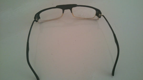 Eyeglasses Repair With Sugru
