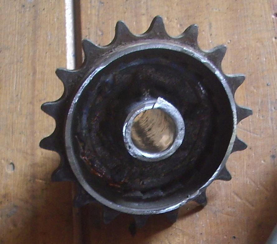 Picture of Making the Shaft to the Gear (haciendo El Eje Para El Engranaje)