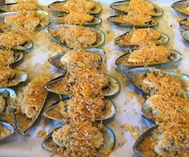 Green Shell Mussels With Garlic Butter Sauce