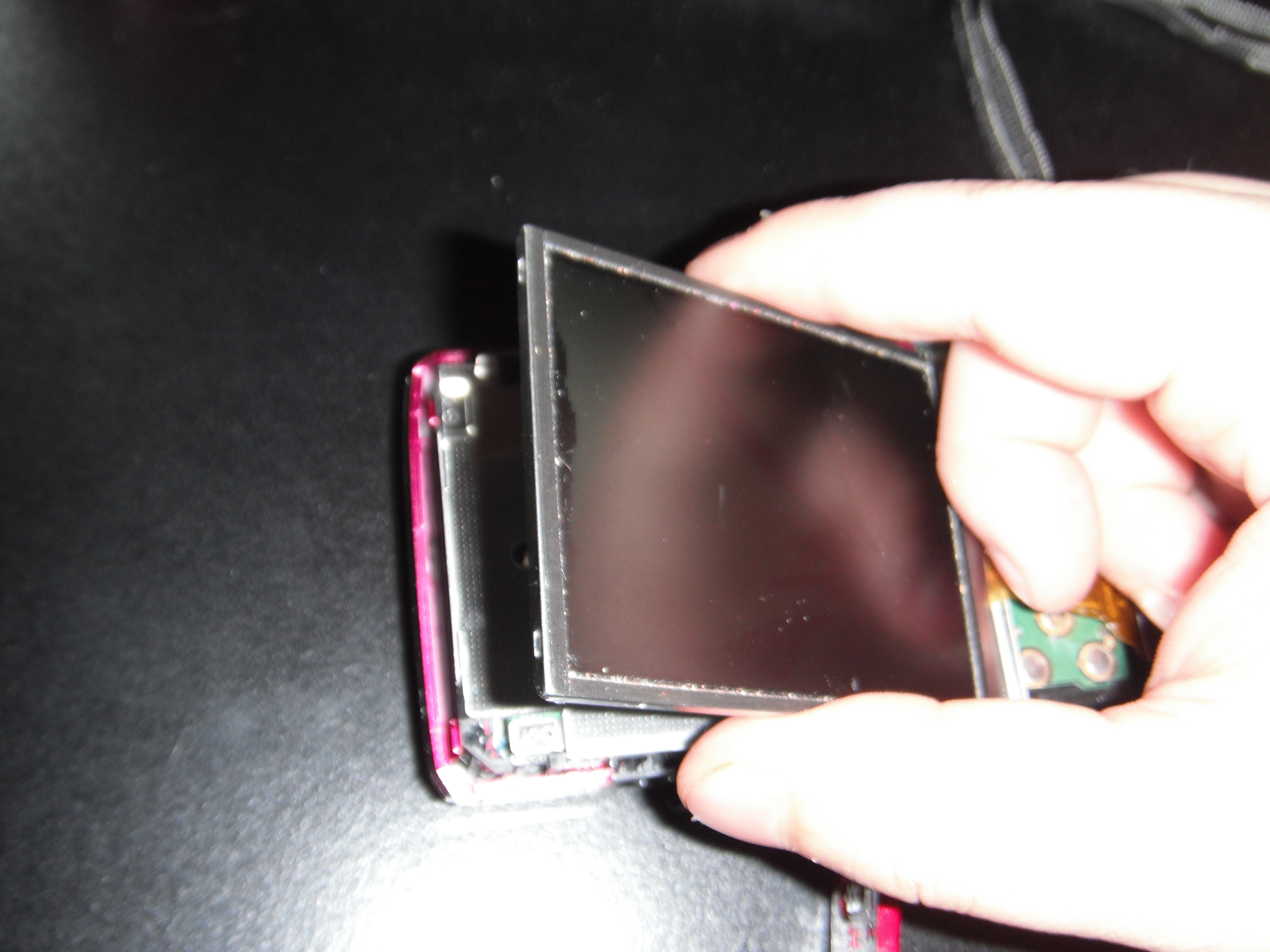 Picture of Remove the Broken Screen