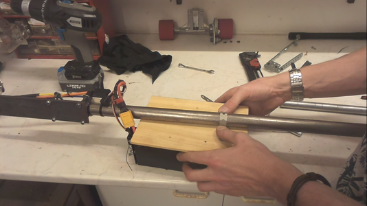 Fixing the Battery Box to the Handle