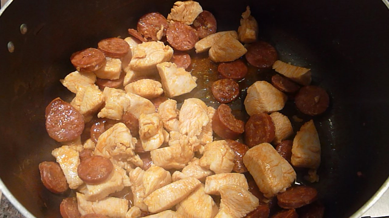 Picture of Frying the Chorizo