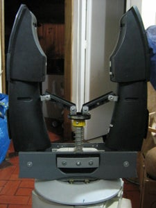 MECHANICAL ARM (option A: Spring Action)