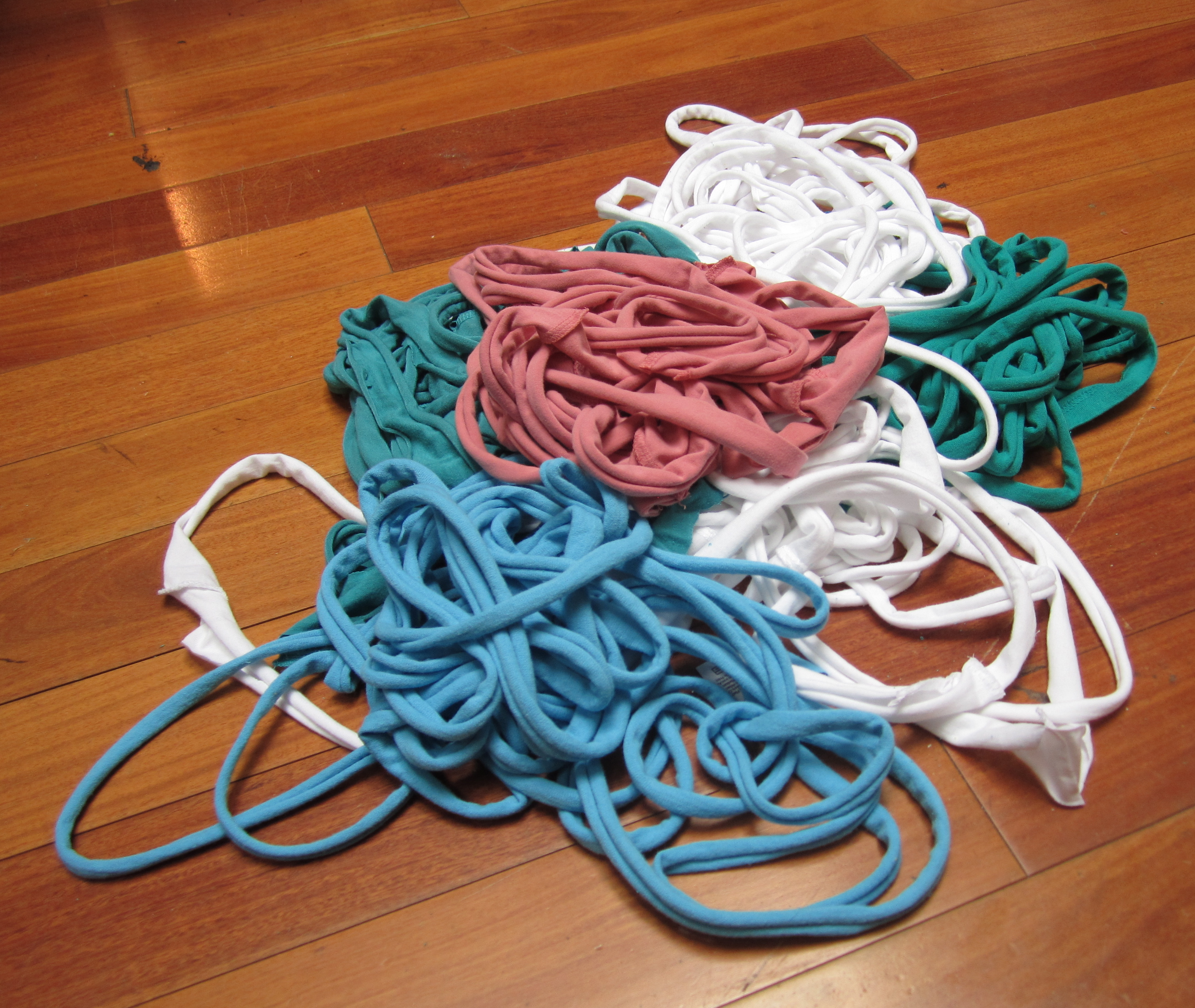 Picture of Make T-shirt Yarn!