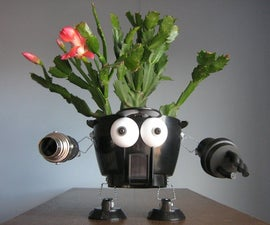 Make robo-planters re-using home junk